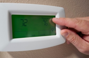 Top-10-Ways-To-Save-On-Heating-And-Cooling-670x442